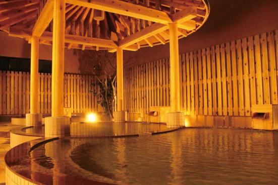 温泉丸の夜